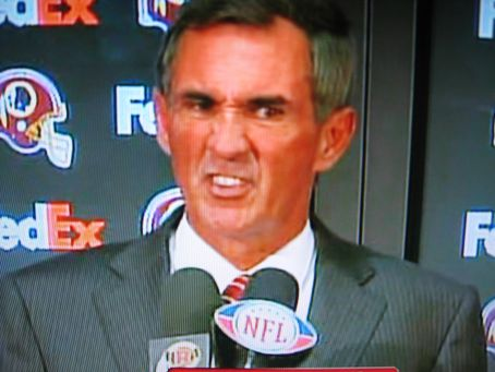 http://thefootbawlblog.files.wordpress.com/2012/03/sportscrab-shanny-face.jpg